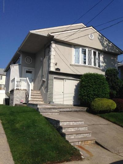 Staten Island Two Family Home For Sale: 373 Buchanan Avenue