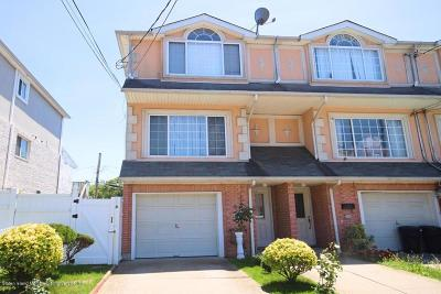 Staten Island Single Family Home For Sale: 82 Oceanside Avenue
