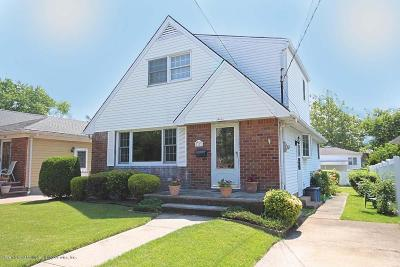 Staten Island NY Single Family Home For Sale: $615,000