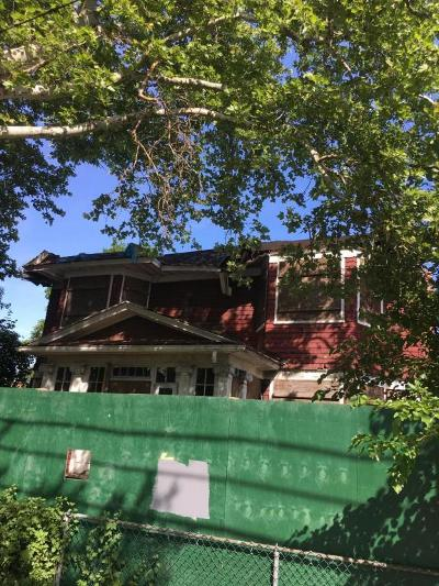 Staten Island Two Family Home For Sale: 209 Park Avenue