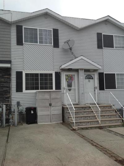 Staten Island NY Single Family Home For Sale: $449,000