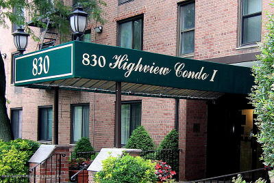 Condo/Townhouse For Sale: 830 Howard Avenue #5d