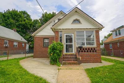 Single Family Home For Sale: 176 Van Buren Street