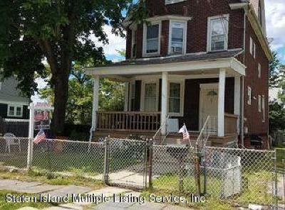 Single Family Home For Sale: 149 Fillmore Street