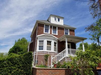 Single Family Home For Sale: 82 Waldron Avenue