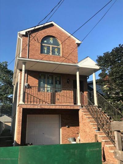 Richmond County Single Family Home For Sale: 77 Goodall Street