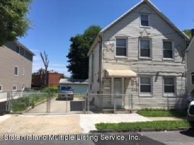Single Family Home For Sale: 79 Gordon Street