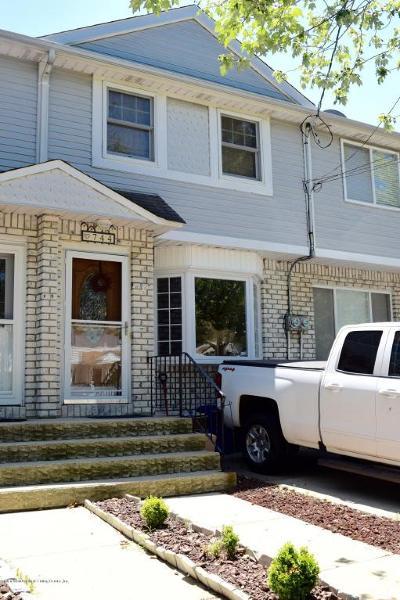 Richmond County Single Family Home For Sale: 744 Barlow Avenue