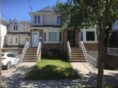 Semi-Attached For Sale: 300 Vogel Avenue