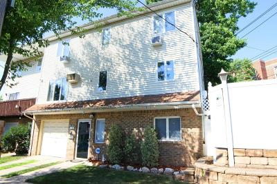 Semi-Attached For Sale: 3 Montvale Place