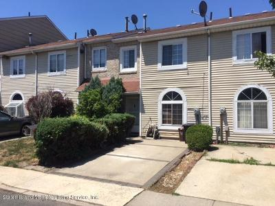 Staten Island Single Family Home For Sale: 27 Doreen Drive