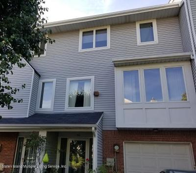 Single Family Home For Sale: 162 Admiralty Loop