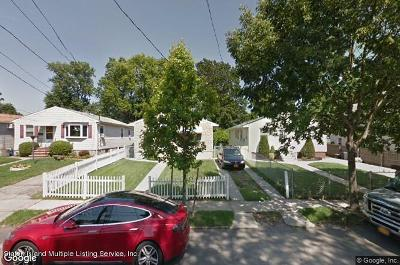 Staten Island NY Single Family Home For Sale: $429,000