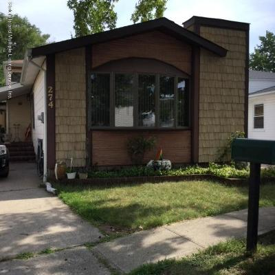 Staten Island Single Family Home For Sale: 274 Green Valley Road