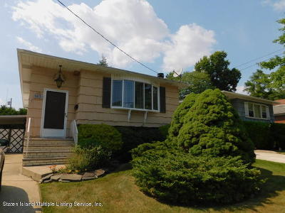 Staten Island NY Single Family Home For Sale: $649,900