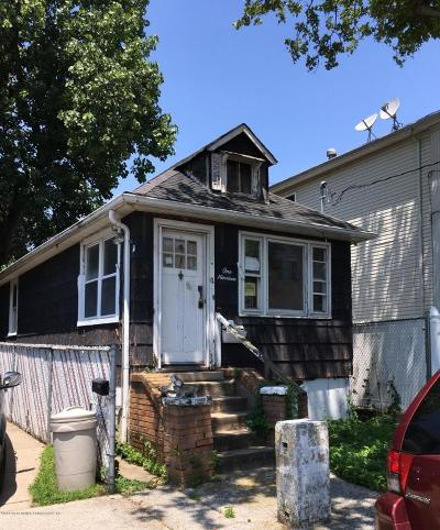 Single Family Home Acceptance: 119 Baden Place #R
