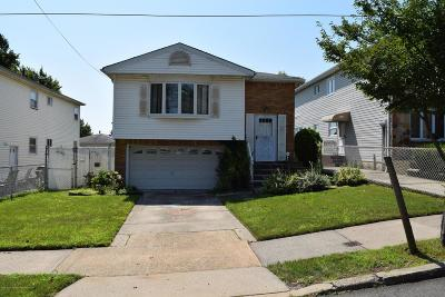 Staten Island Single Family Home For Sale: 94 West Terrace