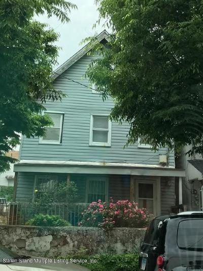 Staten Island NY Single Family Home For Sale: $439,900