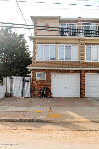 Semi-Attached For Sale: 222 Norway Avenue
