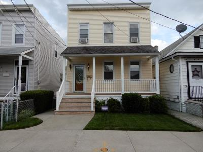 Single Family Home For Sale: 18 Butler Place