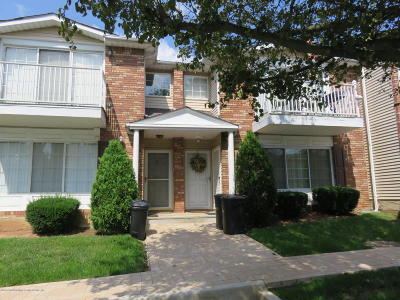 Condo/Townhouse Acceptance: 63 Saturn Lane