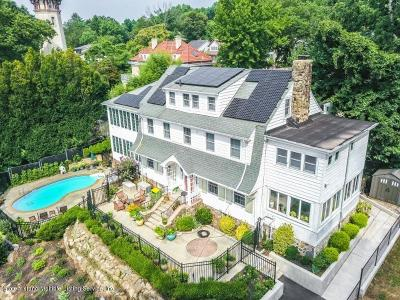 Single Family Home Acceptance: 393 Lighthouse Avenue