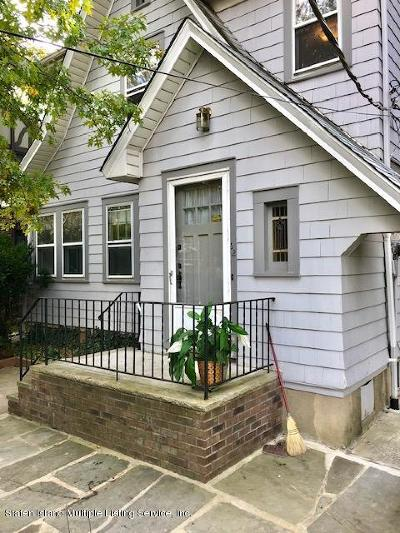Staten Island NY Single Family Home For Sale: $678,000