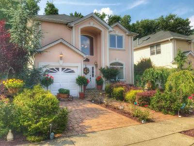 Staten Island Single Family Home For Sale: 34 Covington Circle