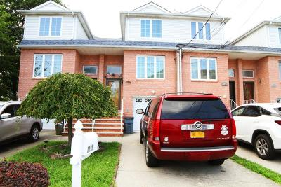 Staten Island NY Single Family Home For Sale: $629,000