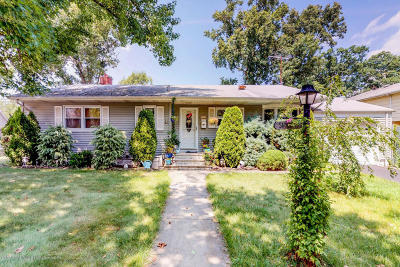 Staten Island Single Family Home For Sale: 35 Princewood Avenue