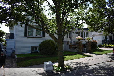 Staten Island Two Family Home For Sale: 60 Hickory Avenue