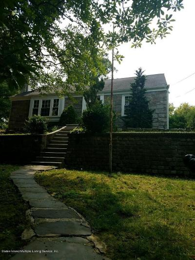 Staten Island NY Single Family Home For Sale: $825,000