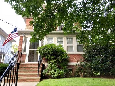 Single Family Home For Sale: 415 Hoyt Avenue
