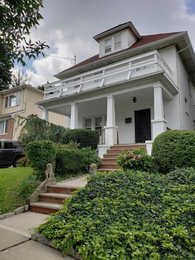 Single Family Home For Sale: 368 Woodstock Avenue