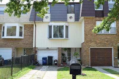Single Family Home For Sale: 468 Caswell Avenue