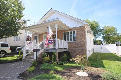Single Family Home For Sale: 156 Barnard Avenue
