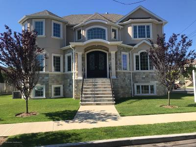 Staten Island Two Family Home For Sale: 7 Savona Court