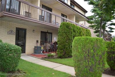 Condo/Townhouse For Sale: 22 Windham Loop #1b
