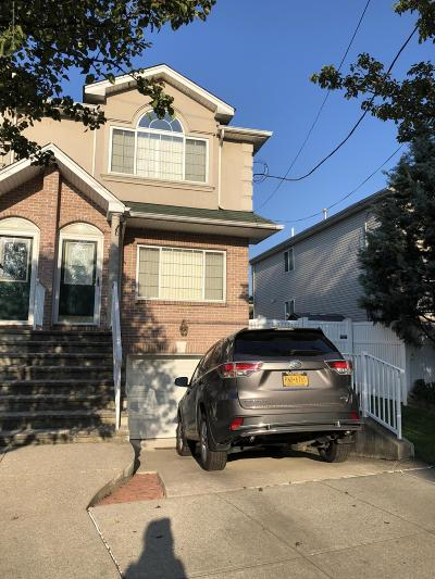 Semi-Attached For Sale: 37 Barb Street
