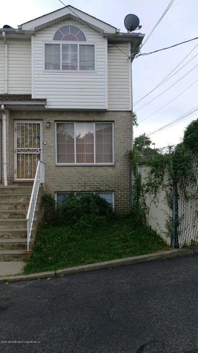 Single Family Home For Sale: 12 Bridge Court
