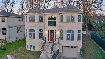 Staten Island Single Family Home For Sale: 9 Tucci Court