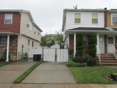 Semi-Attached For Sale: 38 Sunfield Avenue
