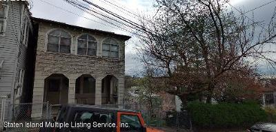Staten Island NY Two Family Home For Sale: $2,000,000