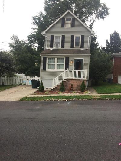 Single Family Home For Sale: 267 Oakwood Avenue