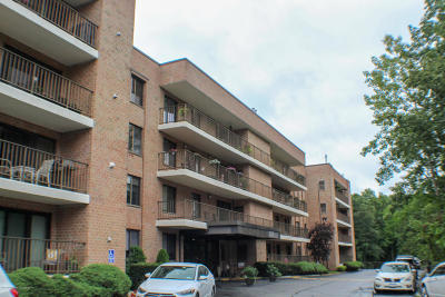 Staten Island Condo/Townhouse For Sale: 3461 Amboy Road #1e