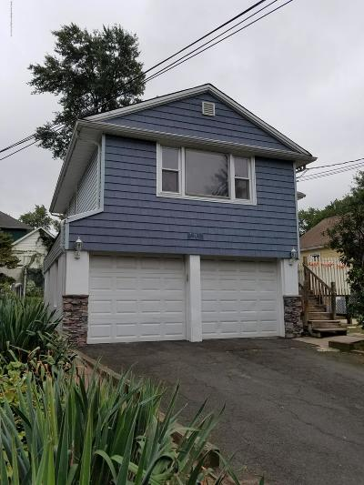 Staten Island Single Family Home For Sale: 76 Cheshire Place