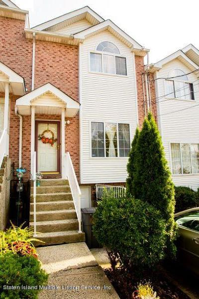 Staten Island NY Single Family Home For Sale: $429,999