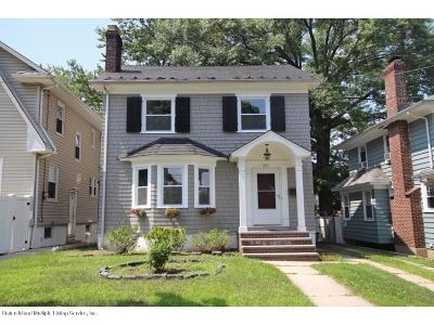 Single Family Home For Sale: 246 Hart Avenue