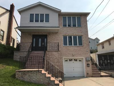 Staten Island NY Two Family Home For Sale: $879,000