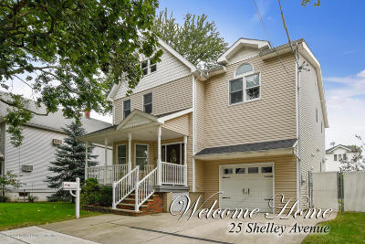 Single Family Home For Sale: 25 Shelley Avenue